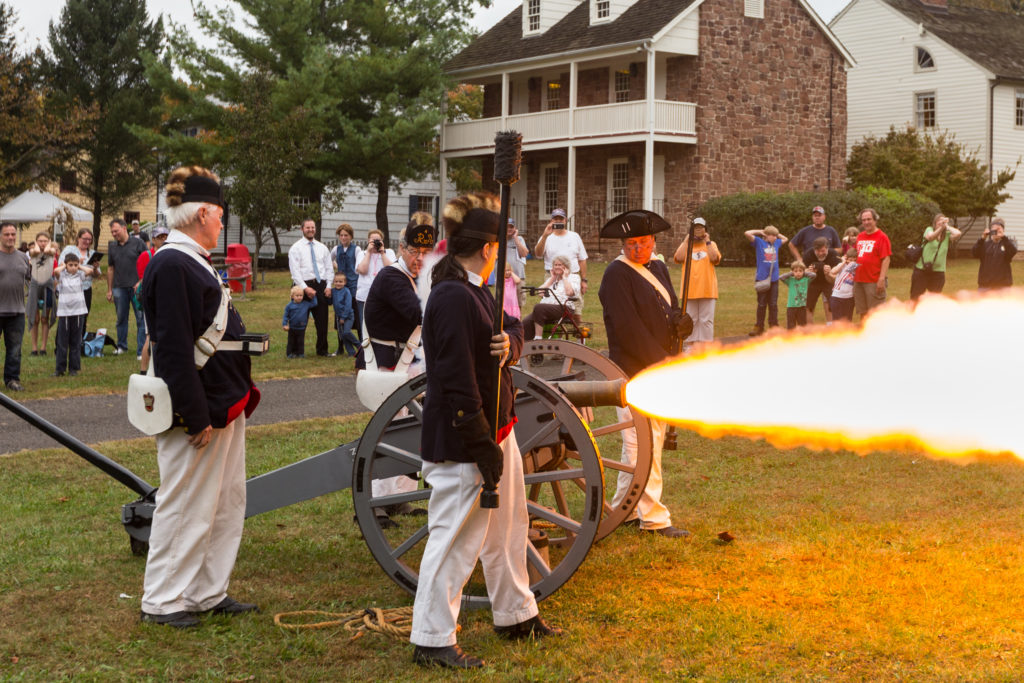 2017-10-08_Revolutionary_War_-_Old_Town_Village_-IMG_6177